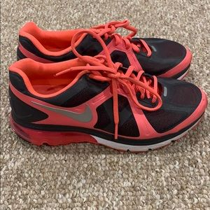 Nike Air Max Sneakers Size 7 WORN ONCE!